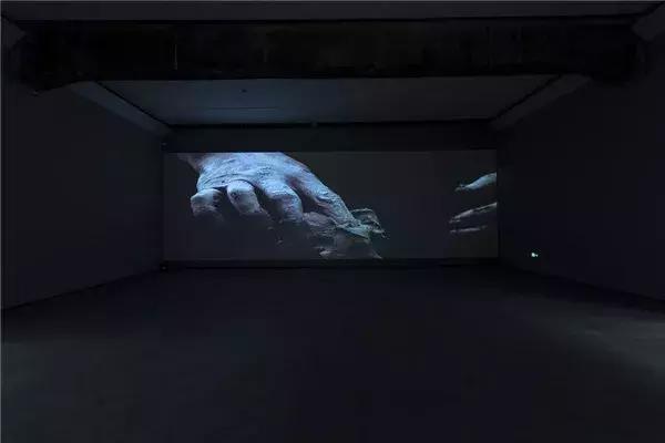隋建国艺术生涯最大规模个展在北京民生现代美术馆开幕