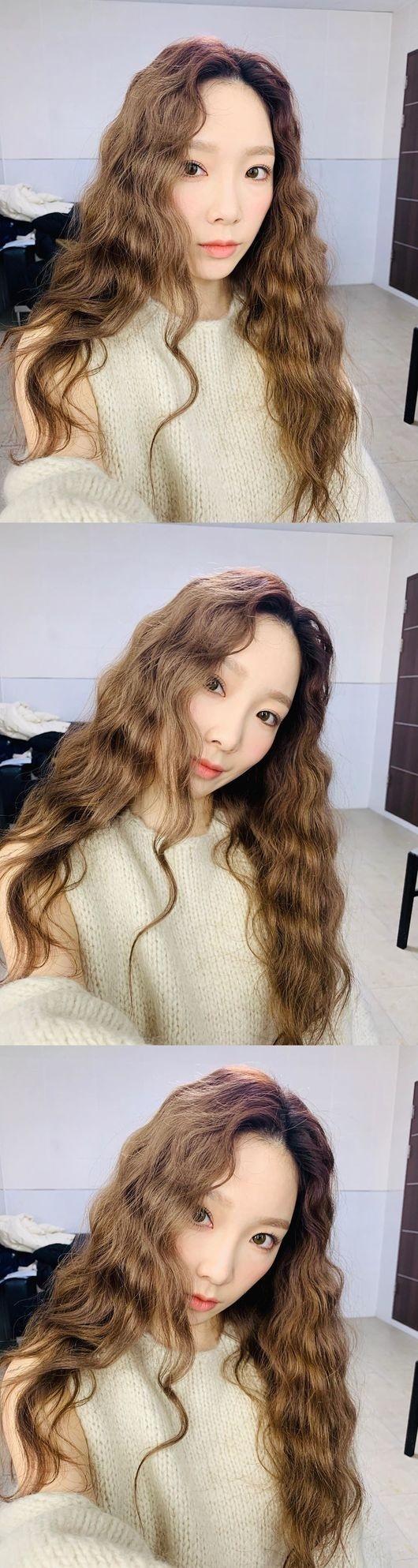 少女时代金泰妍就像人偶?可爱的波浪感头发公开