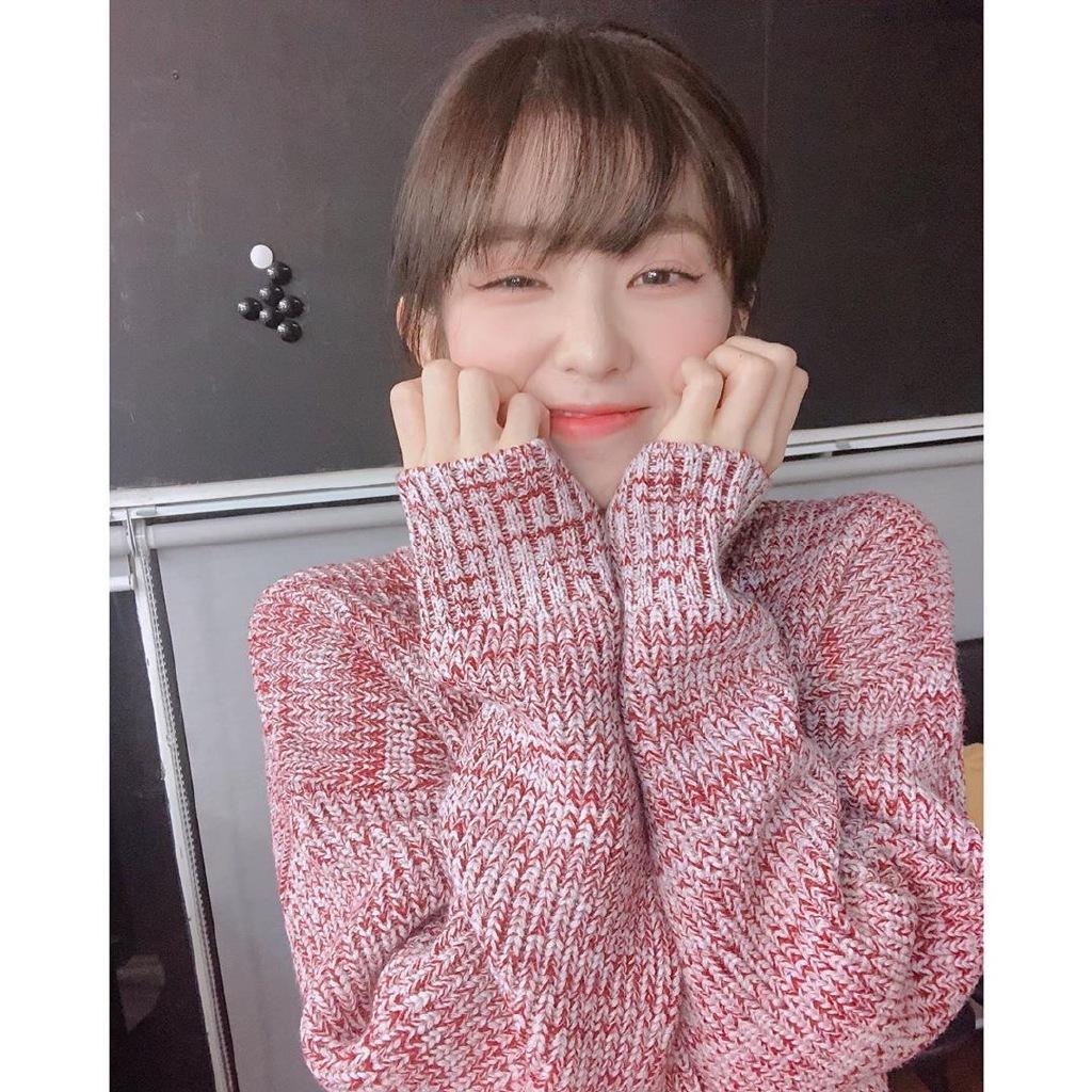 Red Velvet Irene裴珠泫公开了可爱的近况照片