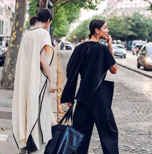 谁能想到这款包包占据潮流市场?既时髦又实用,女星们也爱不释手
