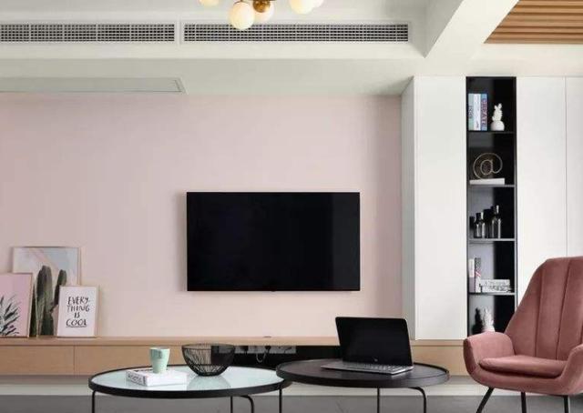 客厅装修不要做电视墙了,如今都潮流这么装,既好看又大气