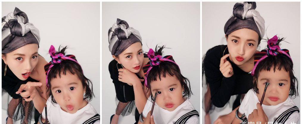 """包贝尔女儿罕见跟妈妈同框录视频,4岁饺子介绍化妆包很""""臭美"""""""