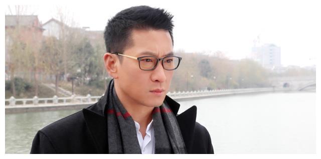 他曾拒绝刘涛追求,钟情林心如,今49岁身价上亿却隐居深山