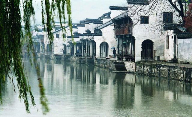 浙江人气很高的一座古镇,在江浙两省交界处,属中国历史文化名镇