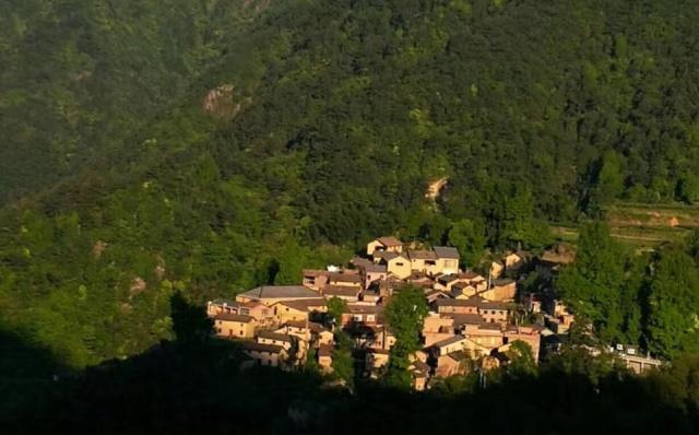 在浙江隐藏了千年的古村落,被誉中国最优美小山村,是摄影圣地!