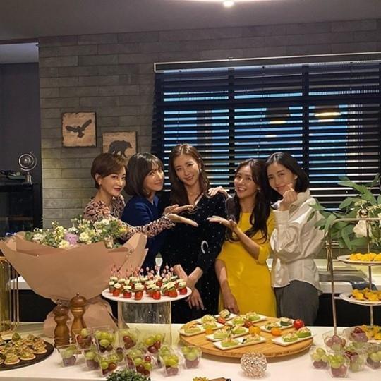 韩恩贞终于结婚了!对于新的开始粉丝们表示祝福