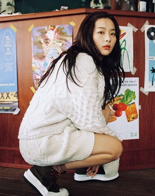 Red Velvet姜涩琪超凡魅力&可爱的自拍公开 女神般的视觉