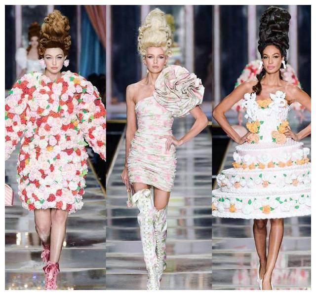 """米兰时装周开创新""""潮流"""",斯特拉穿包臀裙配过膝长靴,矜贵典雅"""