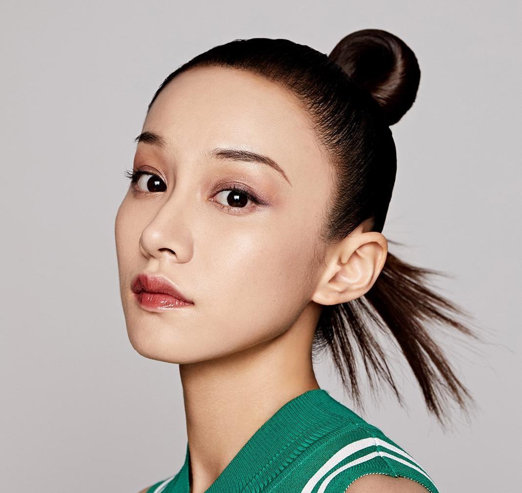 陆妍淇《演技派》表演惹于正泪目 红秀GRAZIA大片展反转魅力