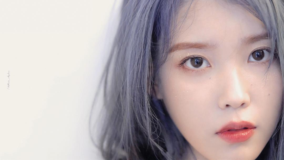 IU公开第5张迷你专辑《Love poem》海报宣传图
