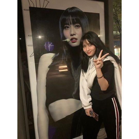TWICE平井桃迎来生日公开儿时照片 太可爱了