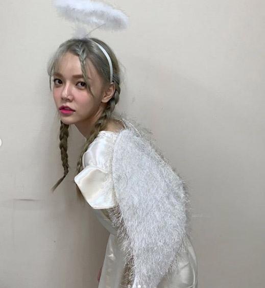 AOA申智珉遭受大量恶评 向粉丝发出求救信号