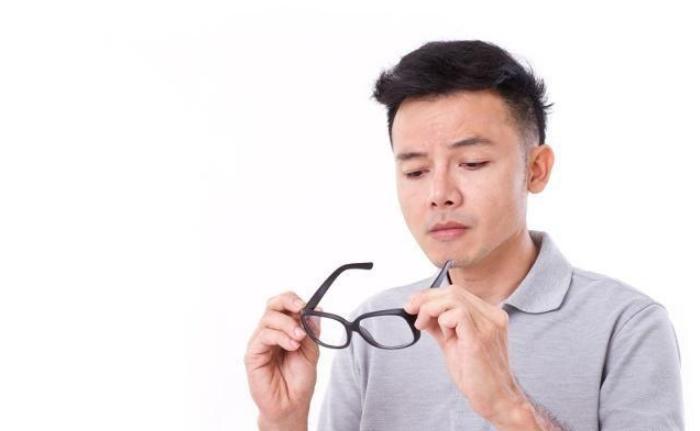 眼镜人口_人口普查