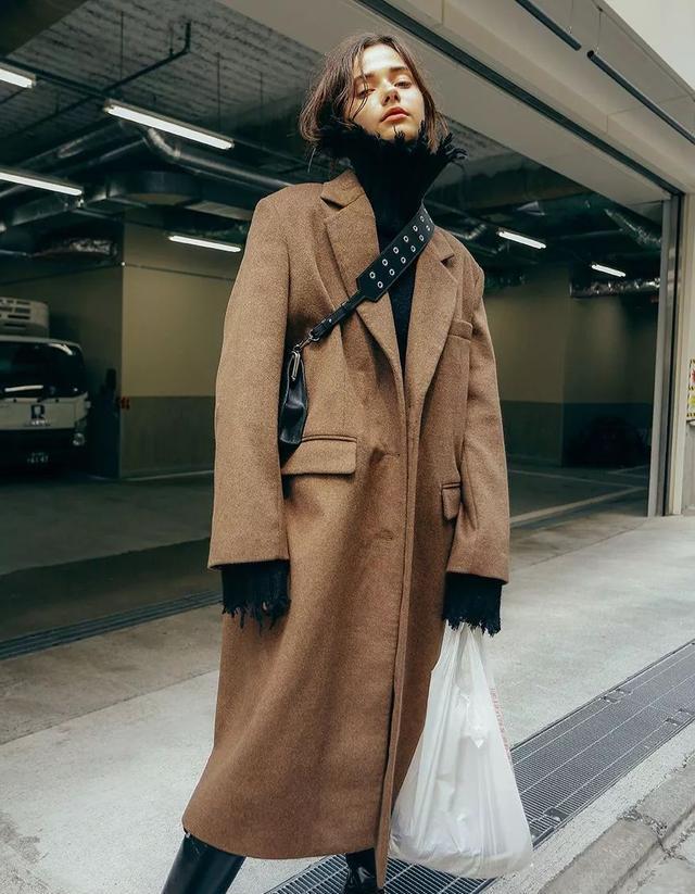 是时候穿大衣了!看看今年流行哪些样式?