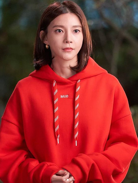 车艺莲公开新电视剧《优雅的母女》拍摄现场照 谢谢高收视率