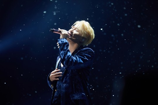 金俊秀音乐剧出道十周年 将在韩国召开粉丝见面会《PRESENT》