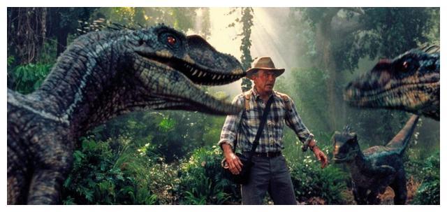 《方舟生存进化》游戏还原恐龙真面目,与电影形象截然不同?