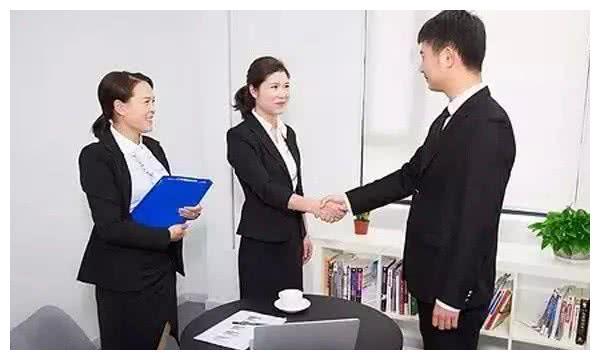 年轻人,在公司遇到这三种不合理的安排,要学会委婉拒绝领导