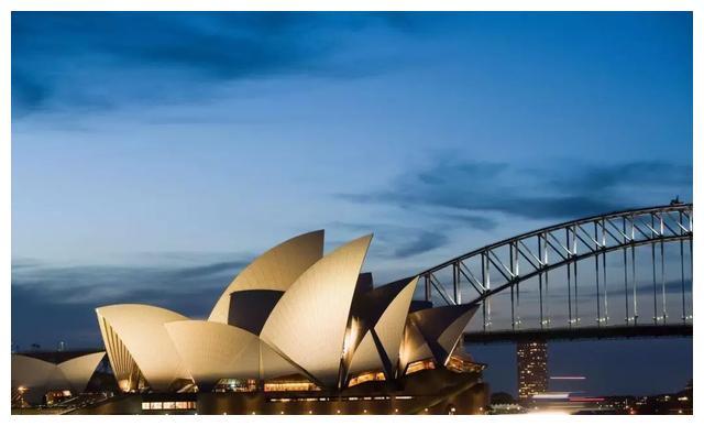 如何以最低成本赴澳留学?