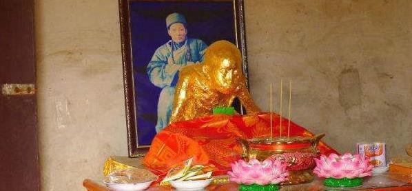 九华山上的肉身菩萨:现存8尊千年不腐,成因至今是谜