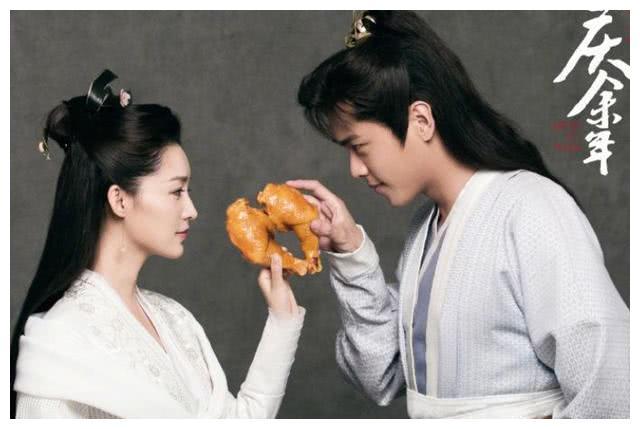 张若昀唐艺昕成上药夫妇?在剧中都为肖战上药,唐:我们是专业的