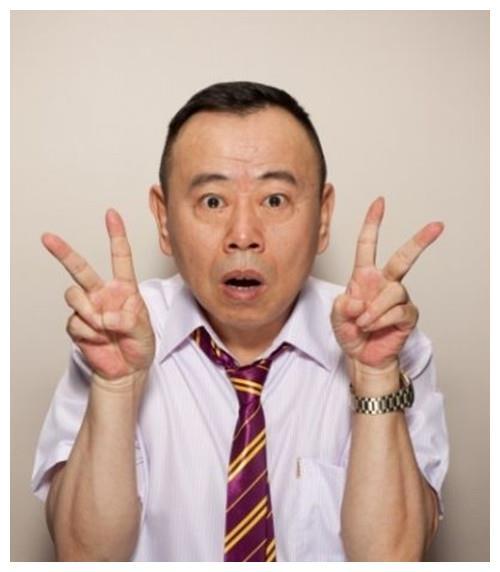 潘长江惊喜现身快手直播间,他也是走在潮流前端的人