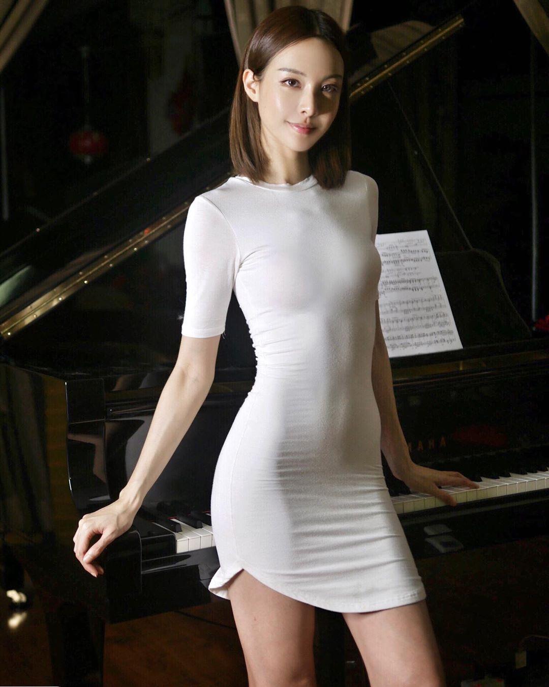 一身, 女人, 性感, 才华, 美女, 美貌, 老虎, 身材, 钢琴