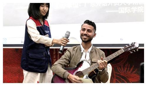 """""""汉语桥""""来了!广外南国首届在华留学生中文比赛开赛"""