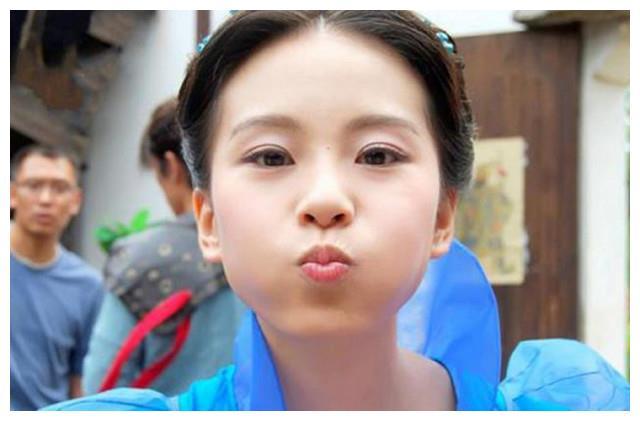 9大女星金鱼嘴:丽颖和热巴可爱,范爷不忍直视,最后一个最经典