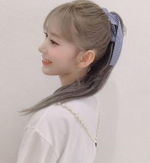 IZ*ONE宫脇咲良公开了可爱天使般的近况照片感谢首次巡演