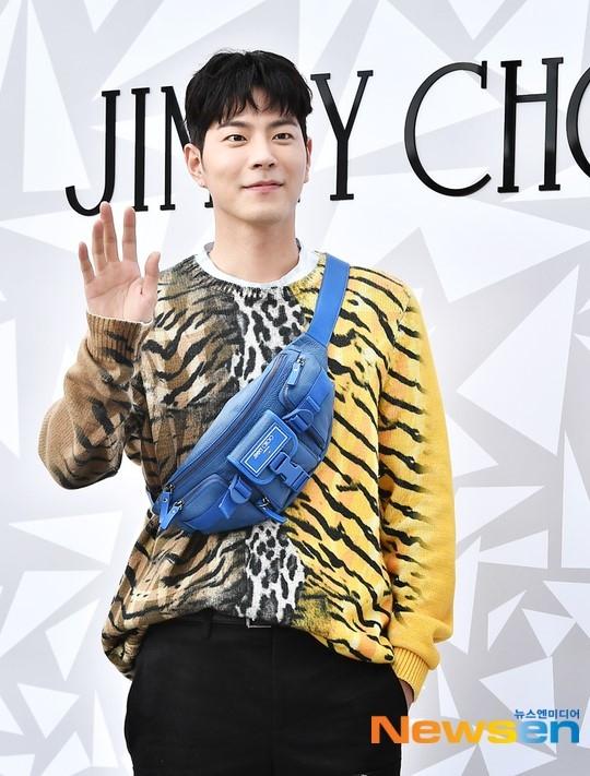 演员洪正贤将于12月2日入伍表示:并不不安想早点去