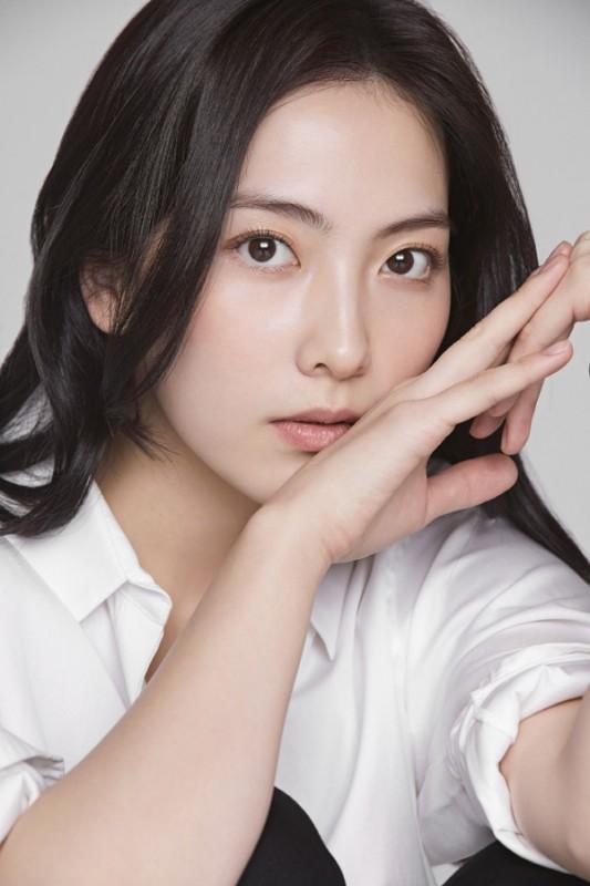 姜智英近日签约Keyeast公司 韩国演艺圈活动开始
