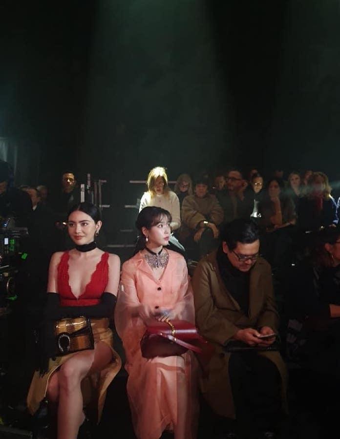 IU参加Gucci时装秀 看上去比平时更可爱