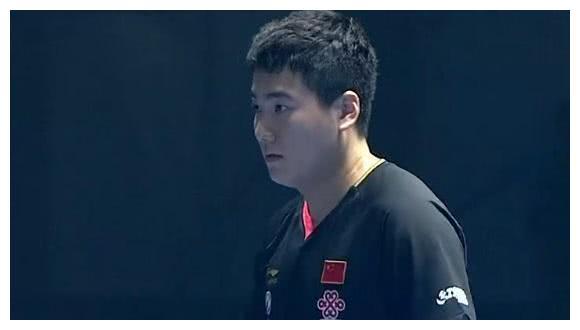 世界冠军被轰10-0,3-4惜败韩国3哥,看他表情就知道了