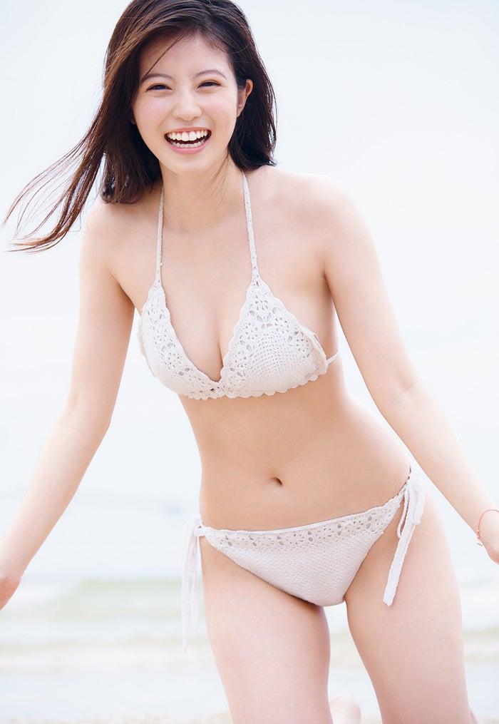 今田美樱纯白泳装写真公开 欢喜之声蜂拥而至