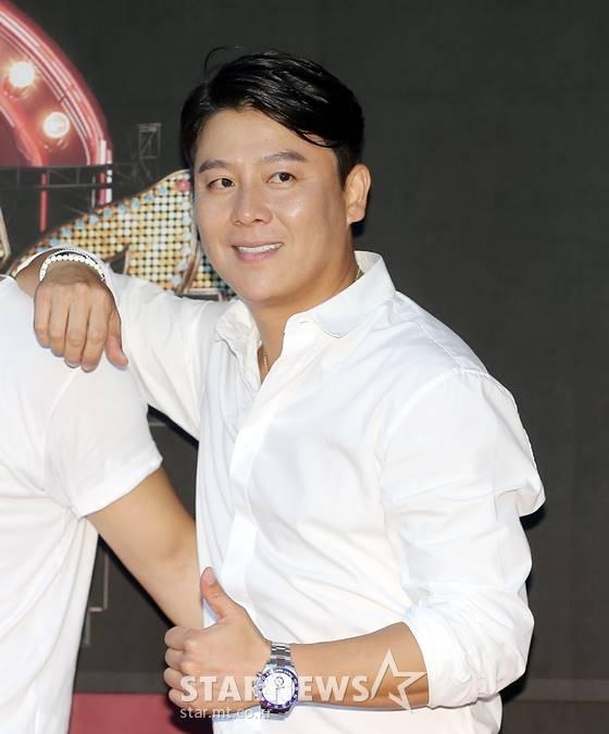 COOL李在勋在2009年结婚 成为了两个孩子的爸爸