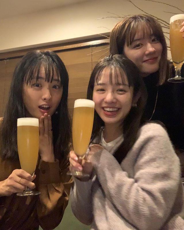 横田真悠、永野芽郁和大友花恋齐聚一堂为20岁干杯!