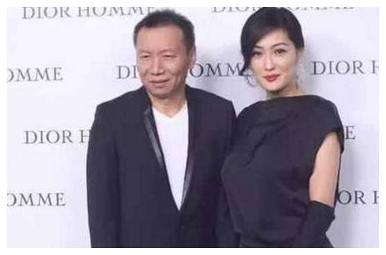 黄晓明对她钦慕有加,时尚碾压杨幂,如今50收获完美爱情