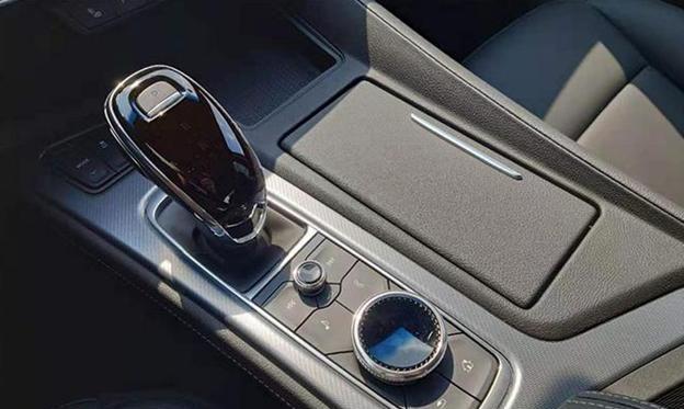 凯迪拉克CT5正式亮相,闭缸技术2.0T动力竞争宝马3系、奔驰C级