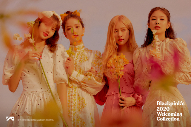 BLACKPINK写真集《2020 WELCOMING COLLECTION》发售在即公开预告图像