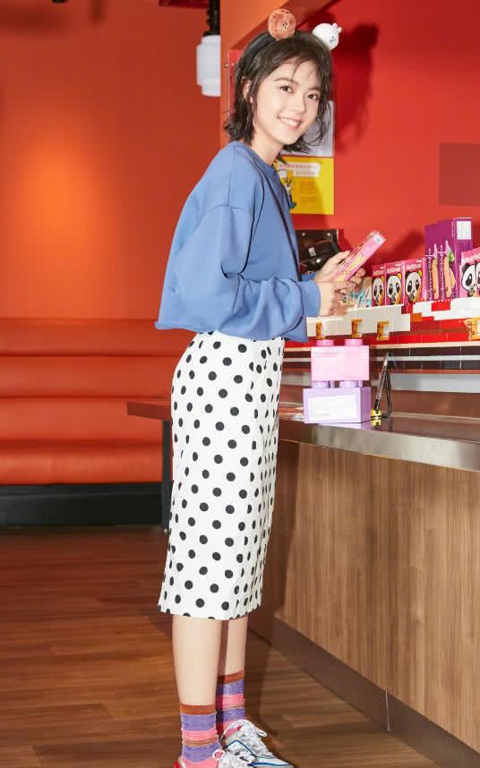"""有一种时尚叫""""林妙妙""""穿上堆堆袜,看到效果后,网友直呼心动!"""