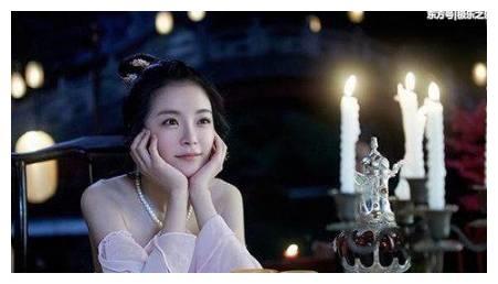 《目前最火的四部青春剧:鹿晗热巴各一部,第四部熬夜也要追完!》