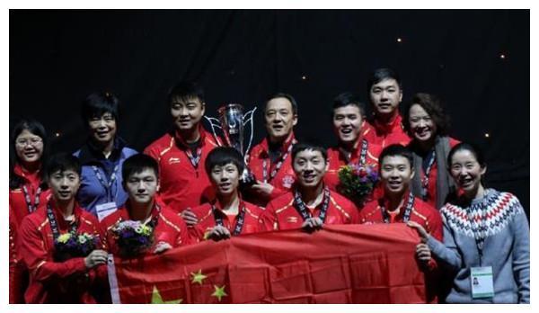 国乒亚锦赛包揽7枚金牌,在欢呼之余,有一位小将却让人感到担心