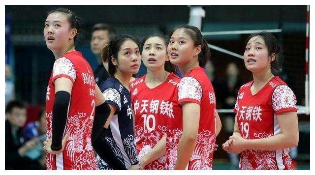 恭喜!女排2大当红国手再被名帅称赞,她们或就此锁定奥运名单