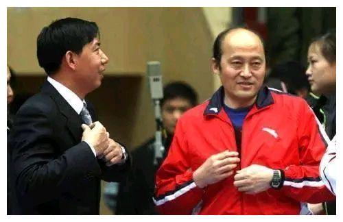 """排坛名宿分析女排夺冠原因:主要是靠""""朱袁张"""",防守已不重要"""