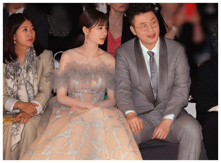 32岁杜海涛逆袭式变瘦,同沈梦辰拍婚纱照,瞬间帅成小鲜肉
