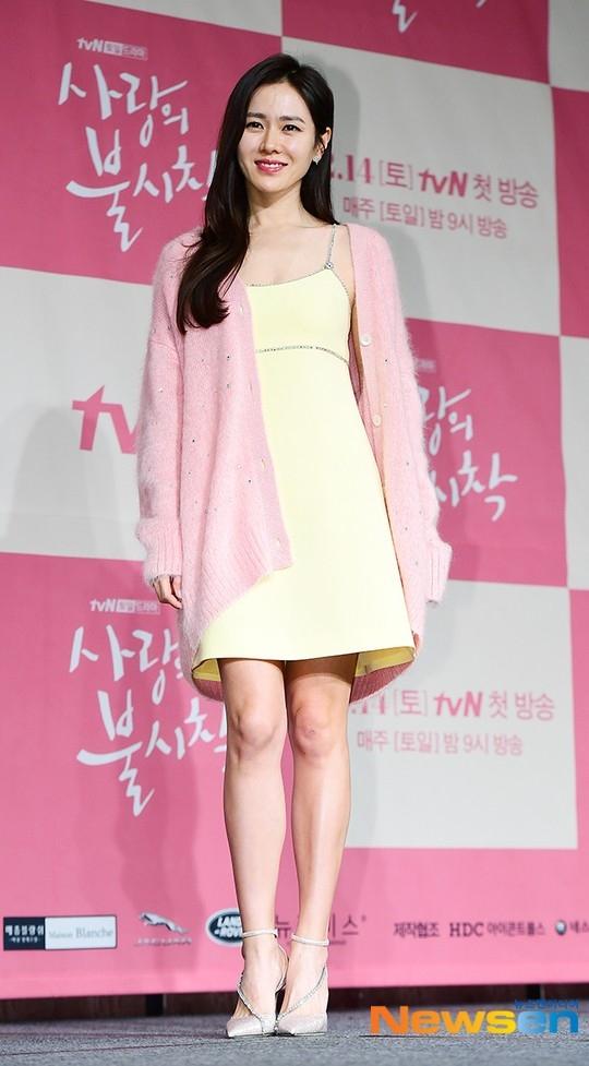 孙艺珍在拍摄电视剧《爱的迫降》疲劳过度接受紧急治疗 现在回归拍摄