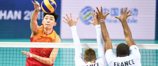 0-3,中国男排遭遇首败!南美劲旅同样3胜1负,同样积9分无缘4强