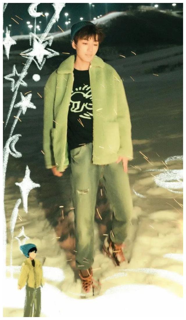 「TFBOYS」「分享」200220 王俊凯的时尚潮图,甜蜜满分的笑容