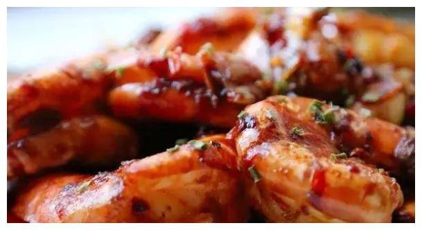 自己在家做几道家常菜,爽口开胃,美味简单,满足家人的味蕾